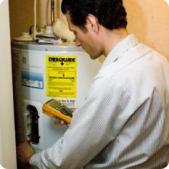 Plumbing contractor in Bowie MD diagnoses a malfunctioning water heater